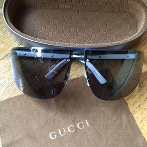 Gucci Navy/White Sunglasses